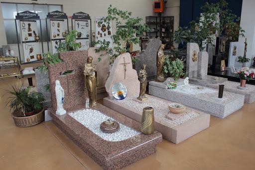 Lapidi e Lastre Funerarie Ovada